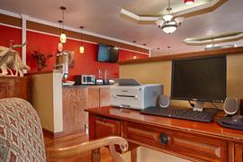 44551_005_Businesscenter