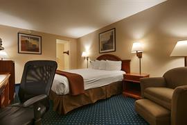 05639_005_Guestroom