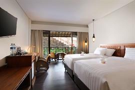 99810_007_Guestroom