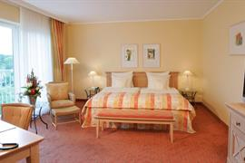95092_001_Guestroom