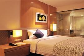 99330_005_Guestroom