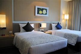 99330_006_Guestroom