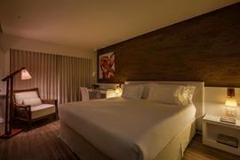 77115_002_Guestroom