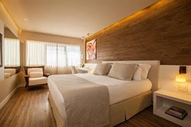 77115_006_Guestroom