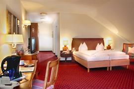 95367_006_Guestroom