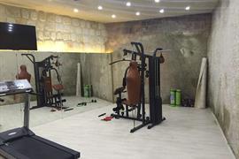 78033_005_Healthclub