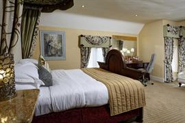 mount-pleasant-hotel-bedrooms-81-83733