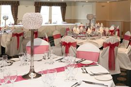 yew-lodge-hotel-wedding-events-03-83652