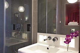 93737_004_Guestroom