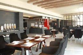 78656_007_Restaurant