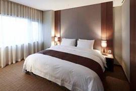99519_004_Guestroom