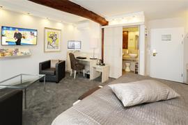 95485_003_Guestroom