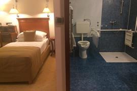 89502_004_Guestroom