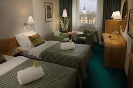 89097_004_Guestroom