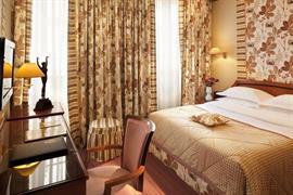 93507_007_Guestroom