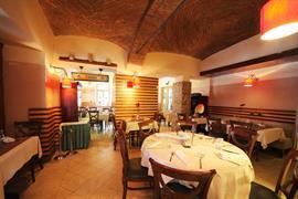 89403_002_Restaurant