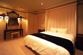 78507_006_Guestroom