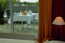 95335_005_Guestroom