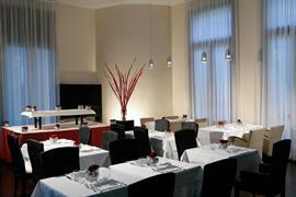 98238_005_Restaurant