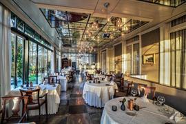 92729_005_Restaurant