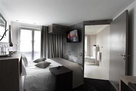 93748_003_Guestroom