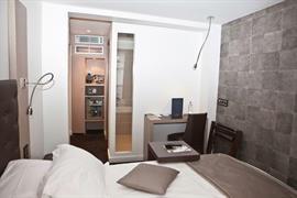 93748_006_Guestroom