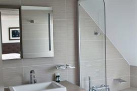 93748_007_Guestroom