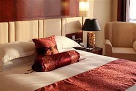 78613_005_Guestroom