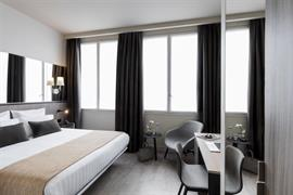 93824_005_Guestroom