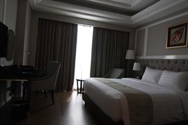 99809_006_Guestroom