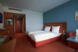 95391_005_Guestroom