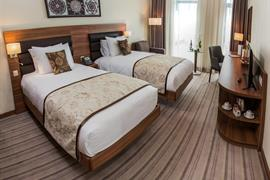 77722_006_Guestroom