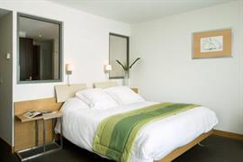 93658_000_Guestroom