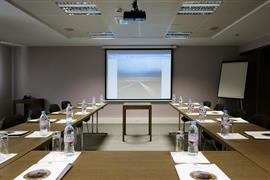 93658_005_Meetingroom