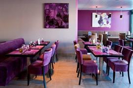93658_007_Restaurant