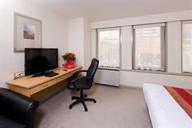 85450_005_Guestroom