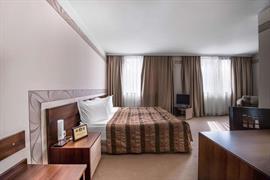 77576_007_Guestroom