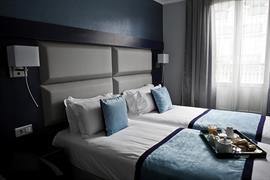 93767_007_Guestroom