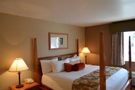 38124_005_Guestroom