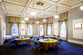 queens-hotel-meeting-space-04-83495
