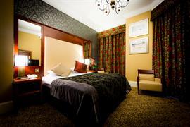 queens-hotel-bedrooms-09-83495