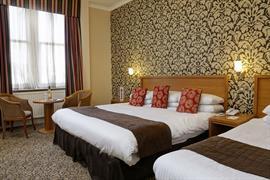 queens-hotel-bedrooms-11-83495