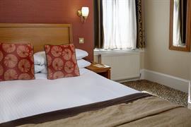 queens-hotel-bedrooms-17-83495