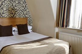 queens-hotel-bedrooms-18-83495