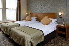 queens-hotel-bedrooms-19-83495