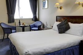 queens-hotel-bedrooms-46-83496
