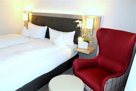 95352_001_Guestroom