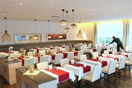 95352_002_Restaurant