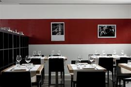98292_003_Restaurant