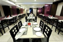 76564_003_Restaurant